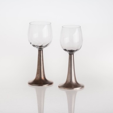Glasses in crystal and silver stem
