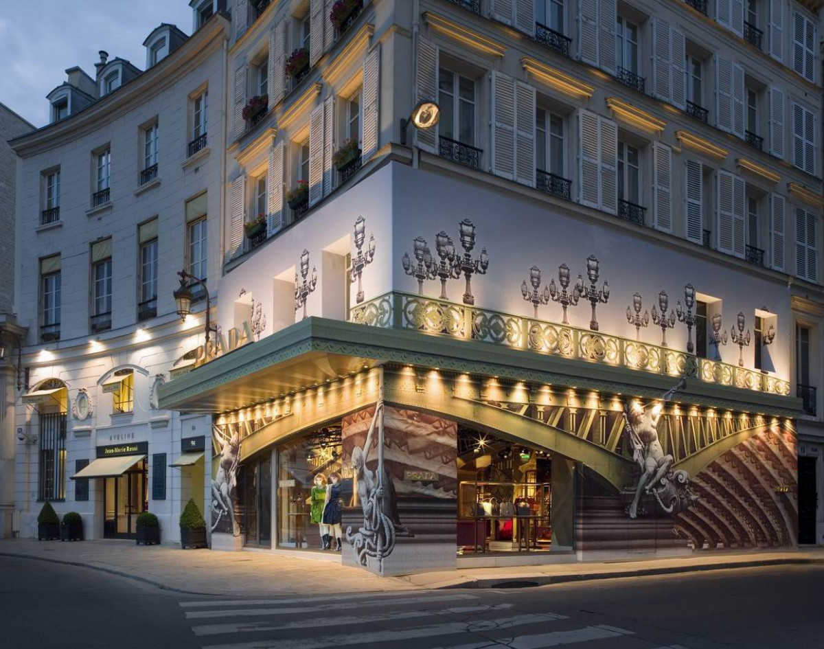 Prada Place Beauvau Paris ext agg
