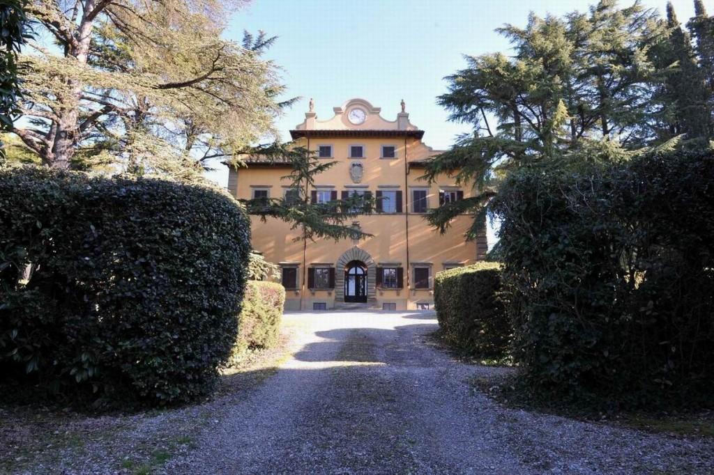 private-villa-tuscany