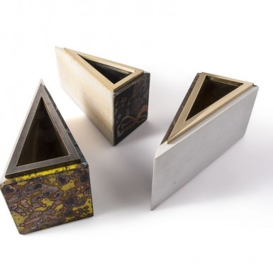 Triangular collection (marble, enamelled stone and brass)